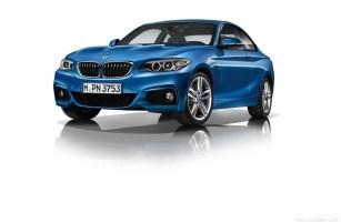 BMW_2er_Coupe_Sportpaket_03