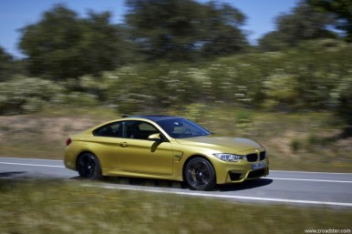 BMW_M4_Coupe_2014_32