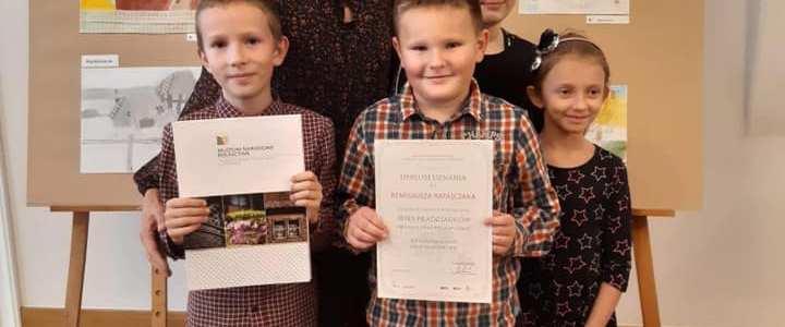 """Uczniowie naszej szkoły laureatami konkursu plastycznego """"Wieś moich pradziadków """""""