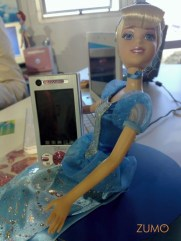 E um celular pra crianças (!)