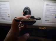 C7: microUSB, fones 3,5mm - e muito fino