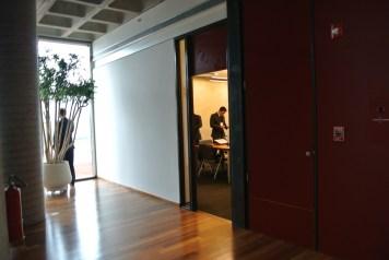 Detalhe da entrada de uma sala