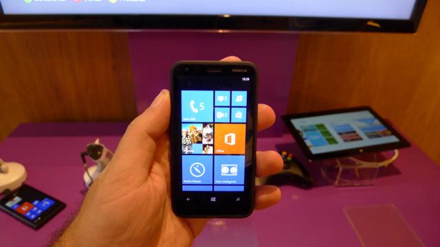 nokia lumia 620 - 02