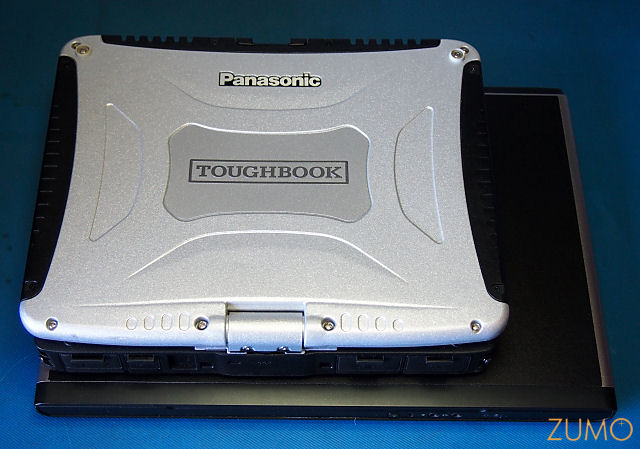 Toughbook_CF19_x_Dell_top