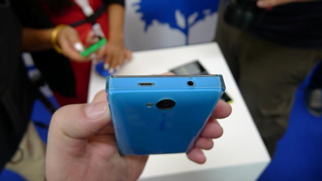 Nokia Asha 502 - 2