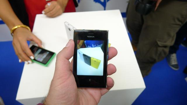Nokia Asha 502 - 6