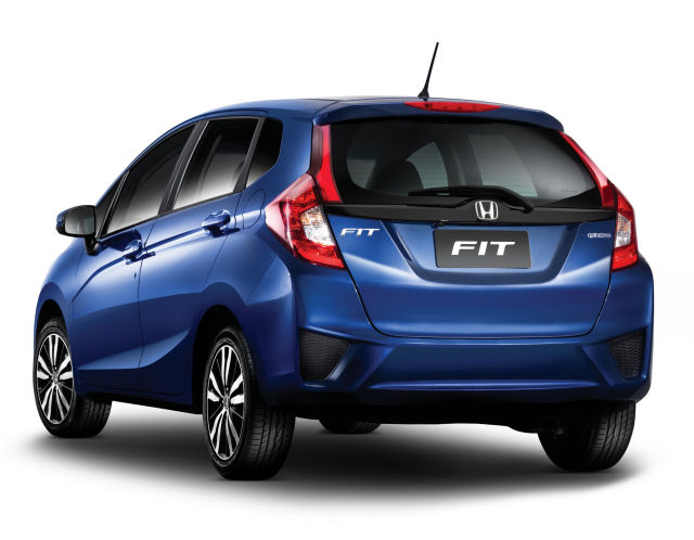 honda_virtual_Fit2015_bk