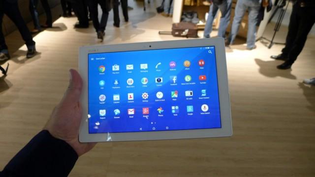Sony Xperia Z4 tablet - 01