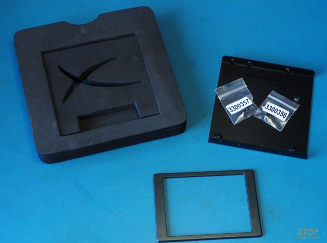 Kingston_SSD_HyperX_Savage_unbox2