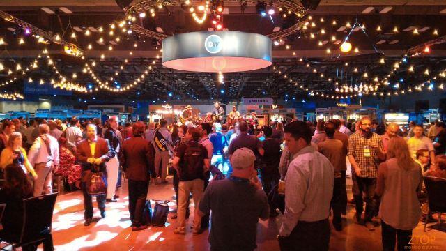 Dellworld15_showcase_party