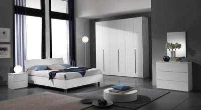 Puoi trovare camera da letto moderne dal design ricercato e camera da letto classiche per arredare con gusto la zona notte. Camera Matrimoniale Semplice Colore Olmo