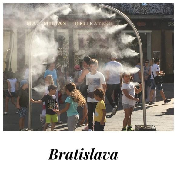 Bratislava, centro città. Giochi per bambini