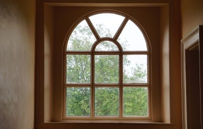 When Choosing Replacement Windows