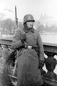 Deutsche Besatzunstruppen in der Tschechoslowakei.