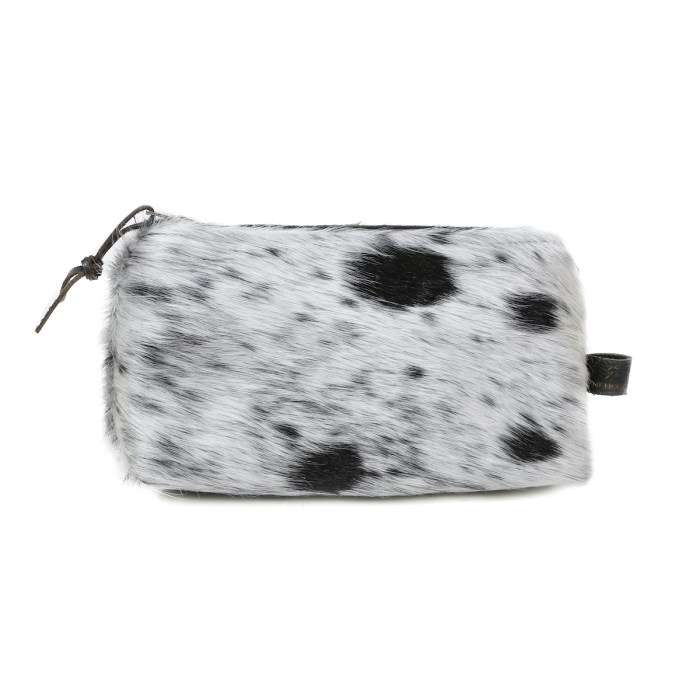 cowhide clutch, cowhide purse, pouch, artisan made, cowhide cosmetic bag, slow fashion, ethical fashion, sustainable fashion, christmas gifts, presents, leather bag