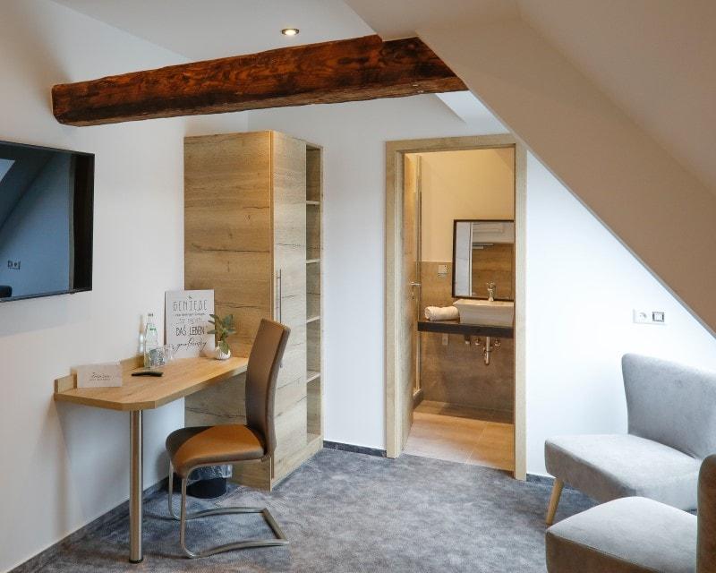 800x640-Raum-neues-Doppelzimmer-als-Einzel-Hotel-Prinzen-Kappelrodeck-min.jpg