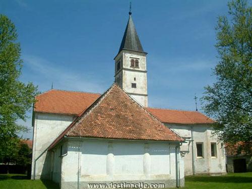 Gospa Snježna-crkva u Volavju