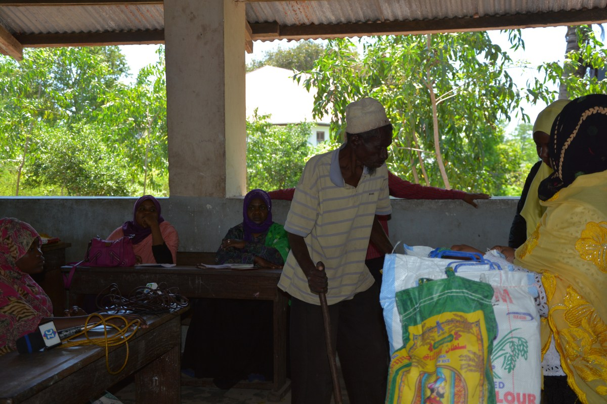 ZURA HELPING THE LOCAL VILLAGES OF UNGUJA ISLAND DURING THE MONTH OF RAMADHAN