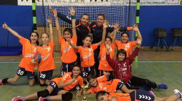 ŽURD-ove deklice 2006 osvojile 1.mesto na božičnem turnirju v Izoli