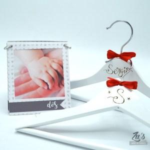 Kit nacimiento personalizado: Perchas + Fotomes