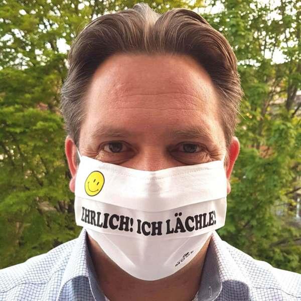 """Gesichtsmaske Alltagsmaske wiederverwendbar handarbeit Humor / Spruch """"Ehrlich! Ich lächle!  männlich"""