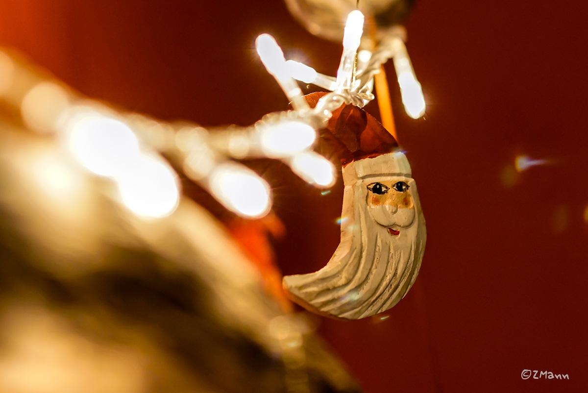 z widokiem na stół   w świątecznym nastroju