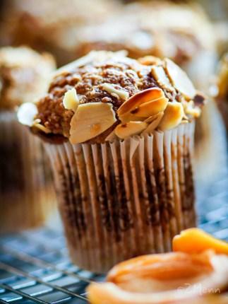z widokiem na stół | muffiny morelowe