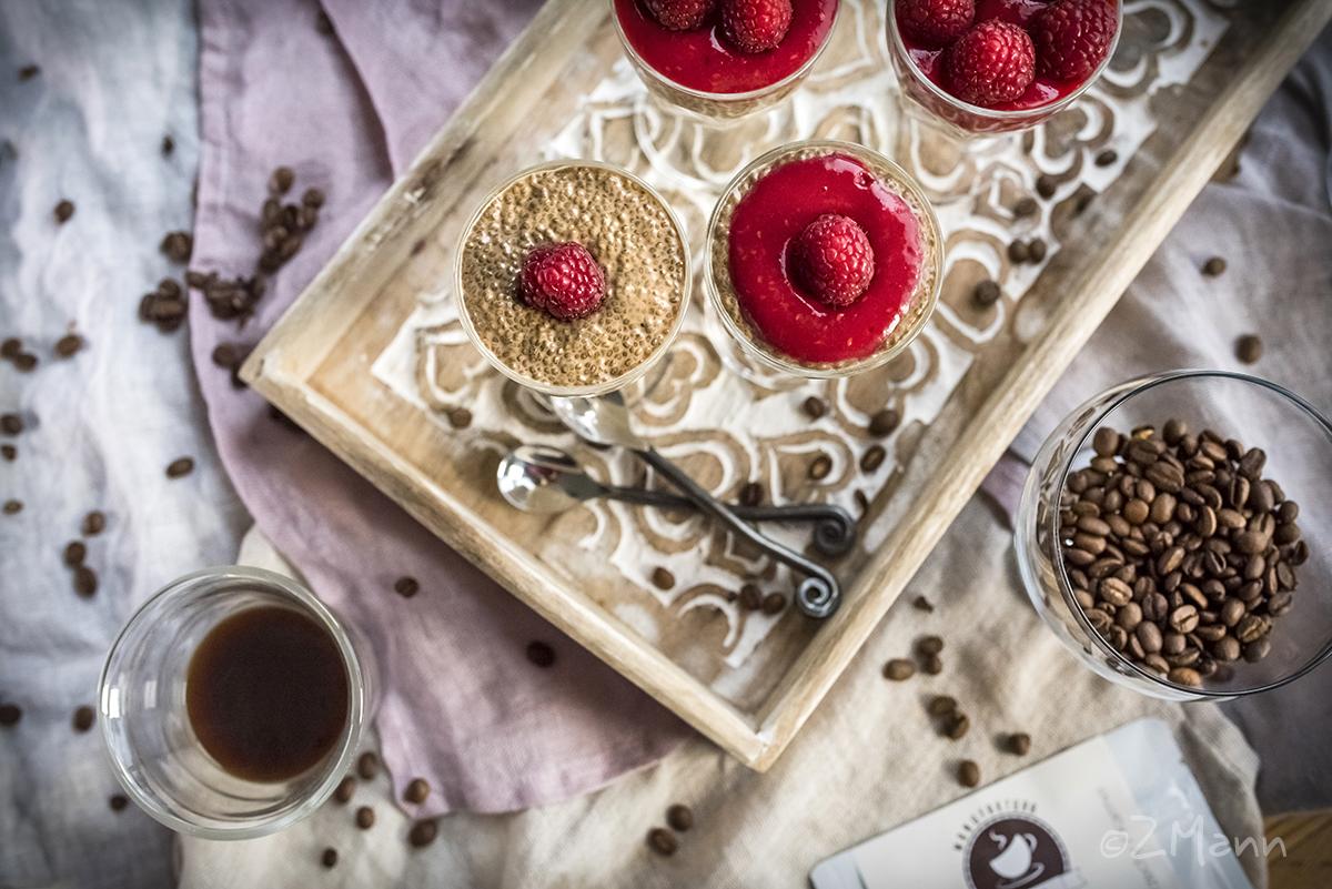 z widoiem na stół | wegański deser : kawowy pudding chia i krem z nerkowców