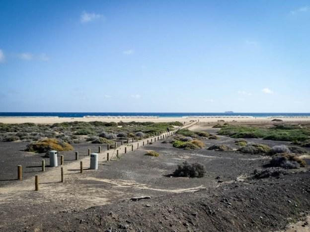 Droga na plażę Fuertaventura