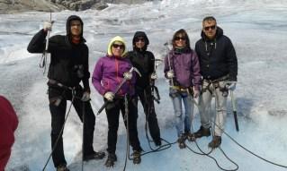 Całą ekipą na lodowcu Nigardsbreen Norwegia