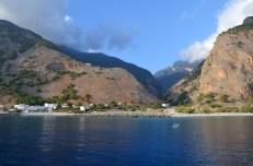Widok z promu na wąwóz Samaria i Agia Roumeli Kreta