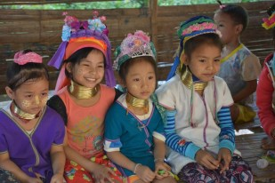 Chiang Mai wioska Karen dzieci Tajlandia