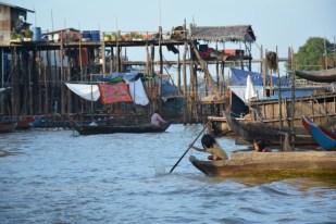 Tonle Sap Kompong Pluk dzieci Kambodża