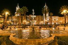 Arequipa katedra nocą Peru