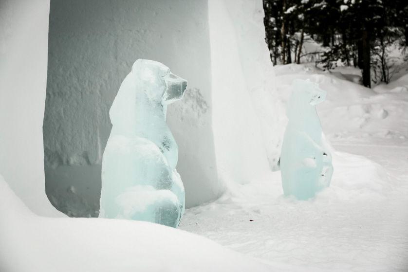 Figury lodowe w Kakslauttanen Finlandia