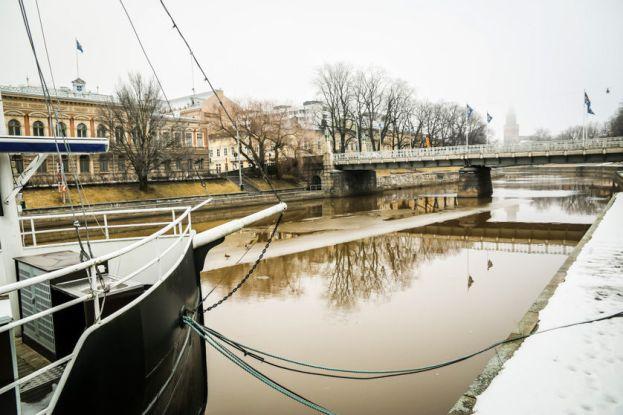 Rzeka w Turku Finlandia