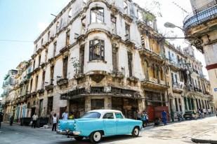 Stara Havana walące się budynki