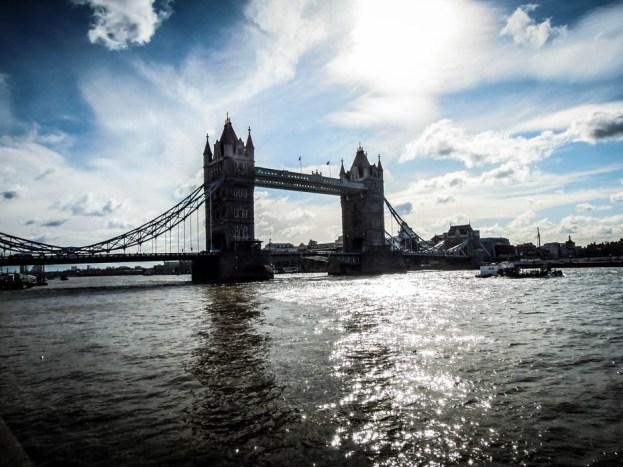 Tower Bridge Londyn 4