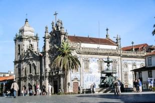 Porto kościół pokryty azulejos 2