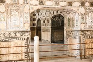 Indie Jaipur Fort Amber komnata luster