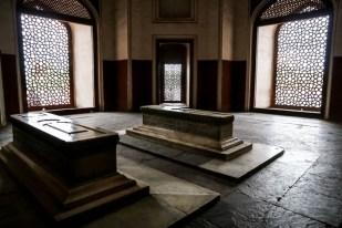 Indie New Delhi grobowiec Humayuna w środku