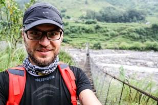 Nepal trekking do ABC most na rzece