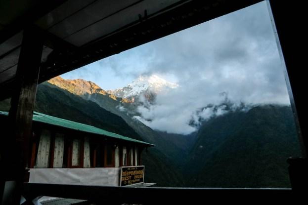 Nepal trekking do ABC poranek w Chhomrong