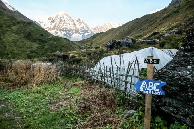 Nepal znaki na ABC