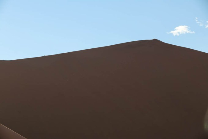 Ludzie blisko szczytu Big Daddy Dune
