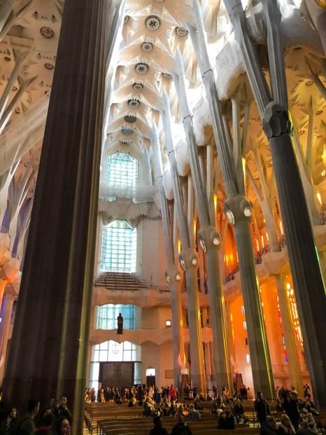 Sagrada Familia Barcelona wnętrze