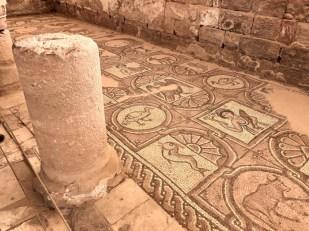 Petra mozaiki w kościele bizantyjskim