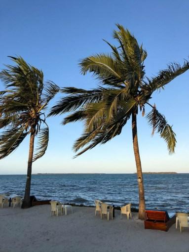 Tanzania Mbezi Beach pelny przyplyw