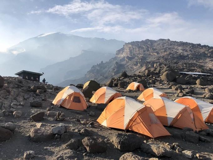 Tanzania trekking Kilimananjaro barafu camp