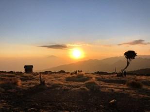 Trekking Kili zachod slonca shira camp